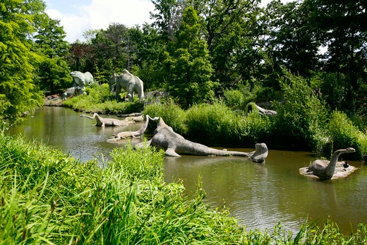 England, London, Crystal Palace. Exhibits at the Dinosaur Park in Crystal Palace Park. : Stock Photo