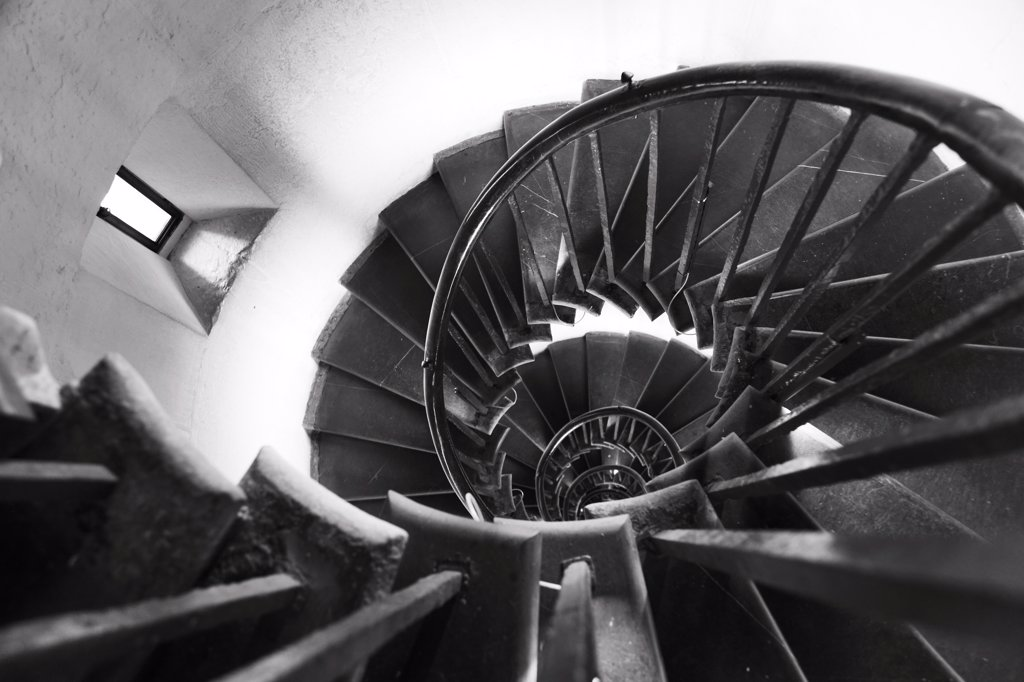 England, London, The City. A view down the spiral stairs inside the Monument in the City of London. : Stock Photo