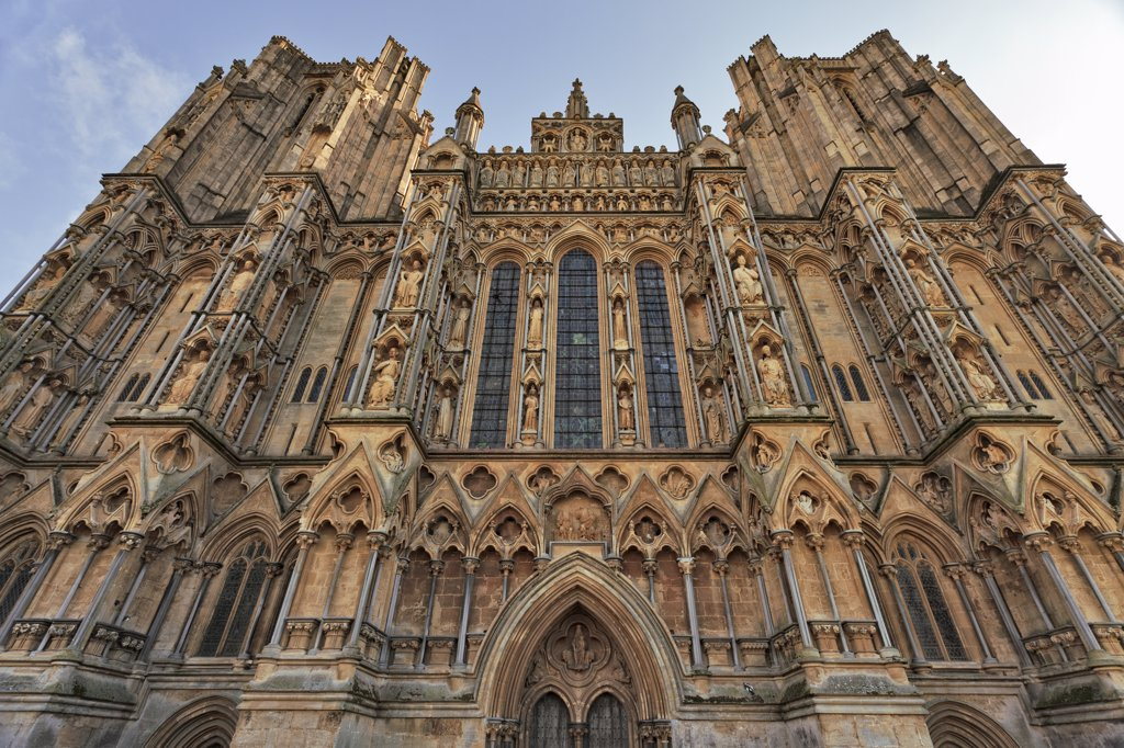 England, Somerset, Wells. The West Front of Wells Cathedral, begun in 1220, has the biggest collection of medieval statues in Europe. : Stock Photo