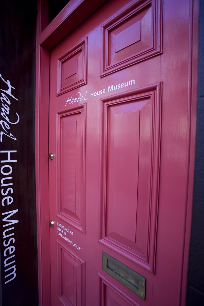 England, London, Mayfair. The entrance door to the Handel House Museum, home to the baroque composer George Frideric Handel from 1723 until his death in 1759 : Stock Photo