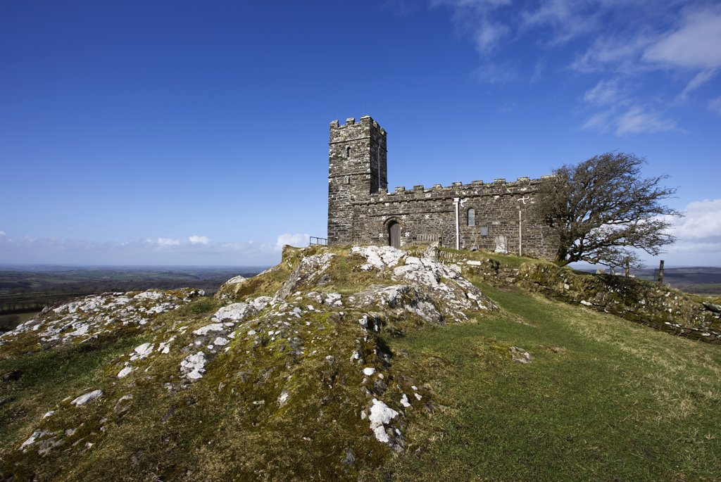 England, Devon, Brentor. St Michael's Church at Brentor (Brent Tor) on the edge of Dartmoor near Mary Tavy and Tavistock. : Stock Photo