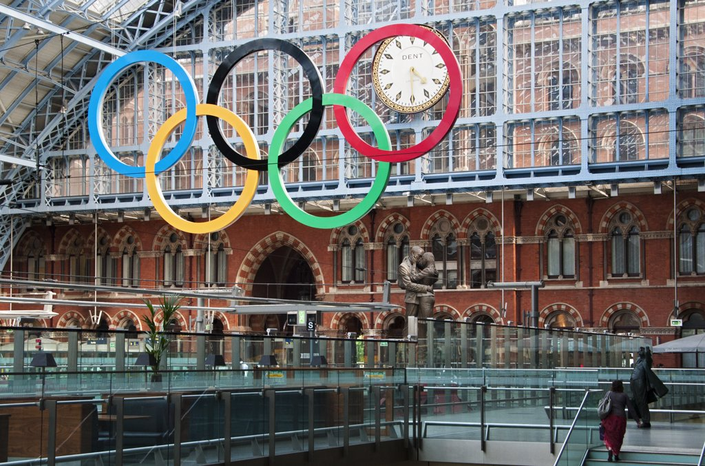 Stock Photo: 4282-30290 England, London, St Pancras. A giant set of Olympic rings suspended in St Pancras International Station to welcome visitors to London, host city of the 2012 Olympic Games.