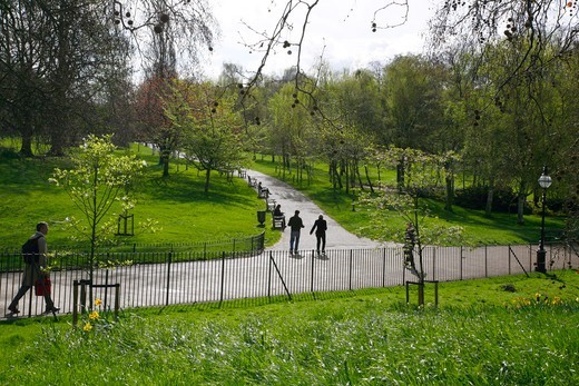 England, London, Hyde Park. The Dell in Hyde Park. : Stock Photo