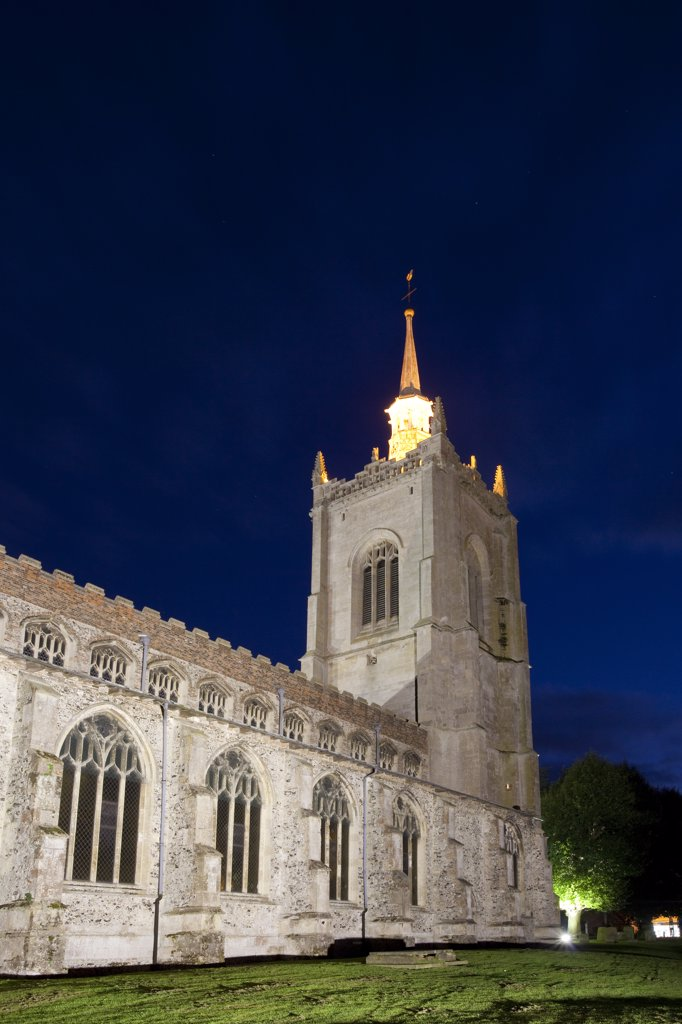 Stock Photo: 4282-4228 England, Norfolk, Swaffham. The 15th century church of St Peter and St Paul at night.