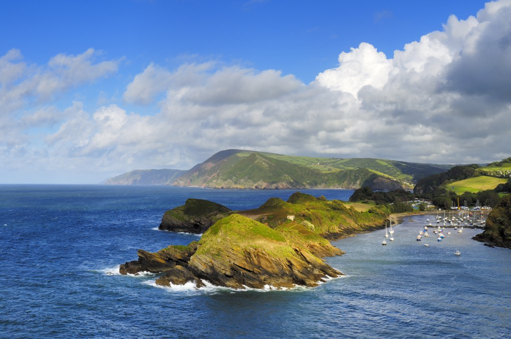 England, Devon, Combe Martin. Water Mouth and Sextons Burrow on the North Devon Heritage Coast viewed from Widmouth Head. : Stock Photo