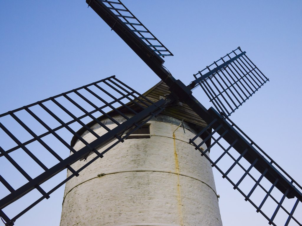 England, Somerset, Chapel Allerton. Ashton Windmill, a tower mill dating from the 18th century. : Stock Photo