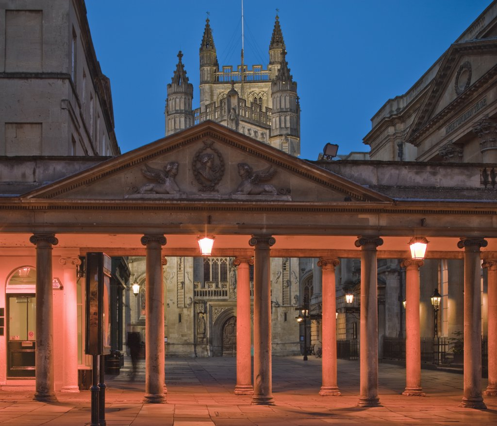 Stock Photo: 4282-6113 England, Bath and North East Somerset, Bath. Bath Abbey at twilight. The Abbey was founded in 1499 on the site of an earlier Norman Cathedral and the original Abbey Church built in the 8th century.