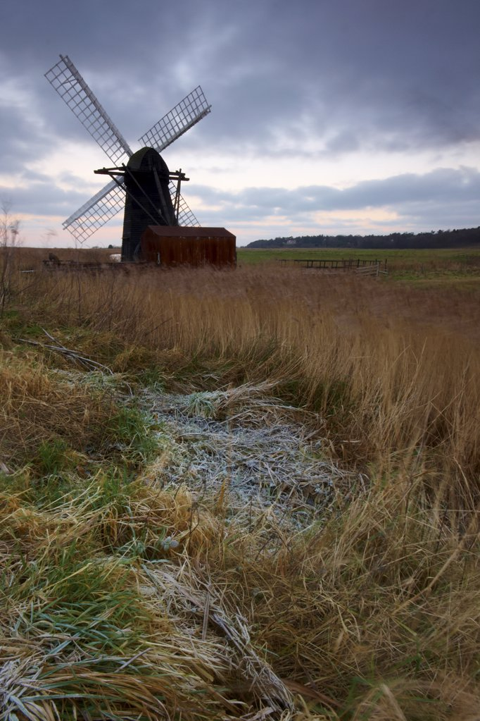 Stock Photo: 4282-6881 England, Suffolk, Herringfleet. Herringfleet Mill or Walker's Mill, a restored, working smock mill on the Suffolk Broads (often generally referred to as the Norfolk Broads).