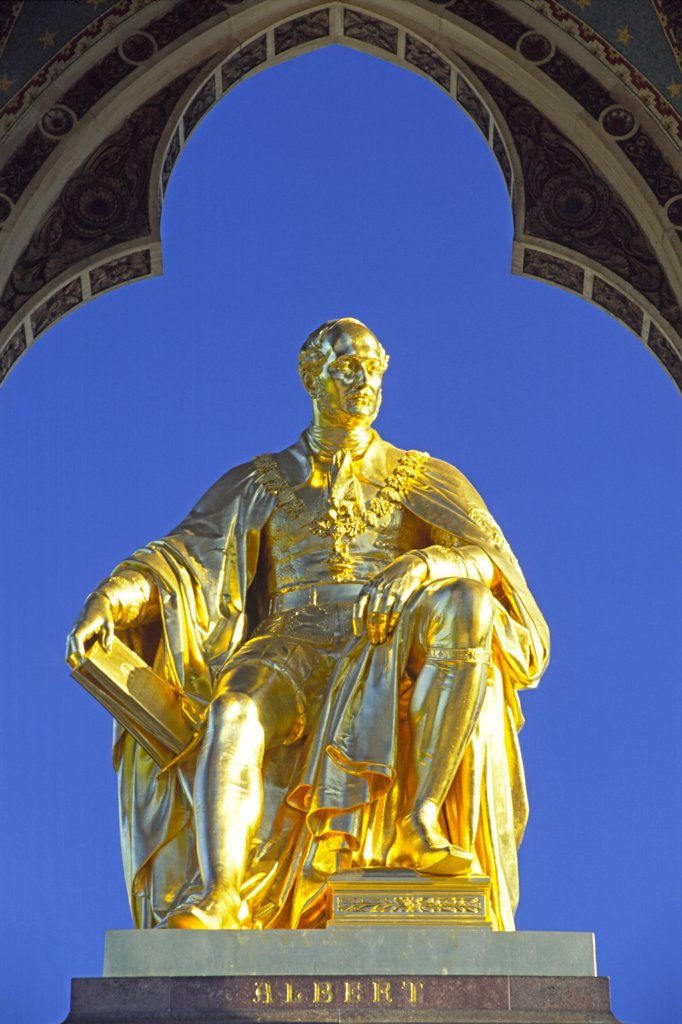 England, London, Kensington Gardens. Prince Albert Memorial. : Stock Photo
