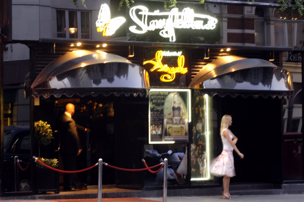 England, London, London. Exterior of the Stringfellows night club in London. Stringfellows opened over 20 years ago and is located in St Martins Lane. : Stock Photo