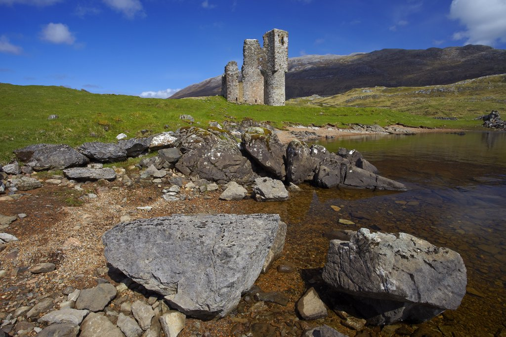 Stock Photo: 4282-8078 Scotland, Highland, Loch Assynt. Ardvreck Castle, a ruined 16th century castle on the shores of Loch Assynt.
