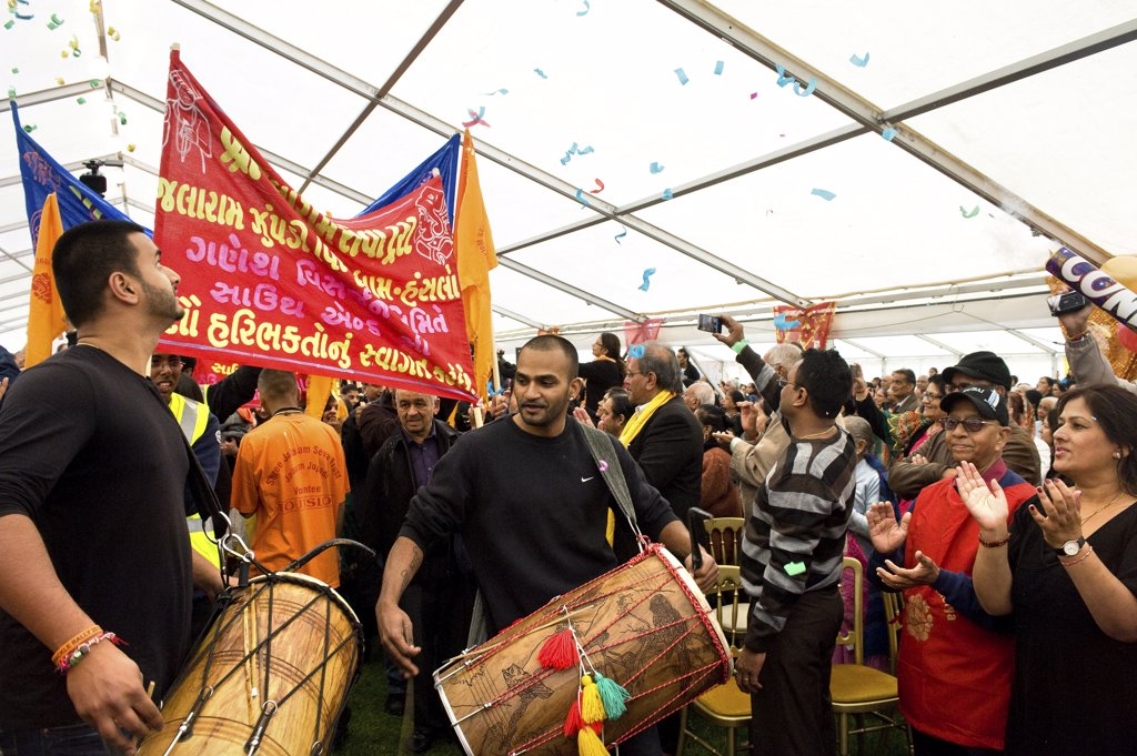 Stock Photo: 4282-8605 England, Essex, Southend-on-Sea. A procession at a Ganesh festival.