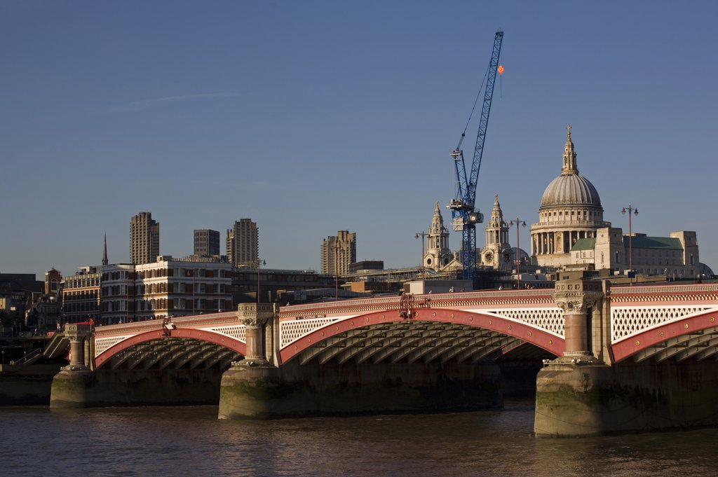Stock Photo: 4282-9136 England, London, Blackfriars Bridge. Blackfriars road bridge over the River Thames.