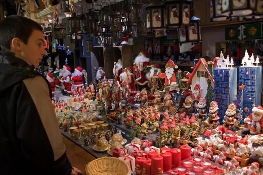 Stock Photo: 4285-10203 CHRISTKINDELSMŽRIK CHRISTMAS MARKET STRASBOURG ALSACE FRANCE