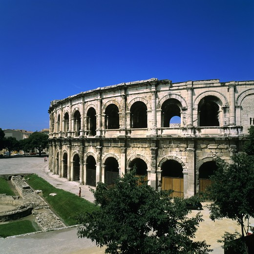 Stock Photo: 4285-10262 ROMAN ARENAS NIMES PROVENCE FRANCE