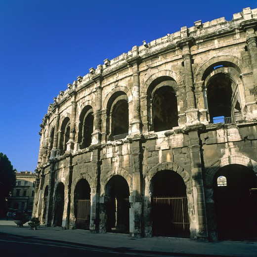 Stock Photo: 4285-10264 ROMAN ARENAS NIMES PROVENCE FRANCE