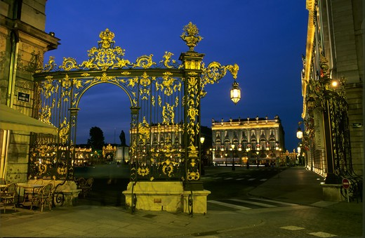 Stock Photo: 4285-10546 GILT WROUGHT-IRON RAILINGS WITH LANTERN PLACE STANISLAS SQUARE AT NIGHT NANCY LORRAINE FRANCE