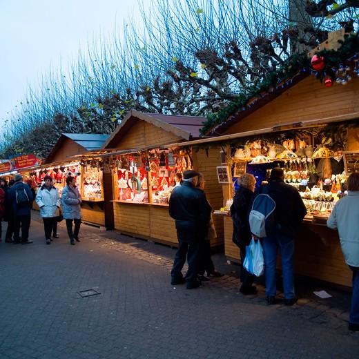 Stock Photo: 4285-10814 france alsace strasbourg christmas market christkindelsmarik