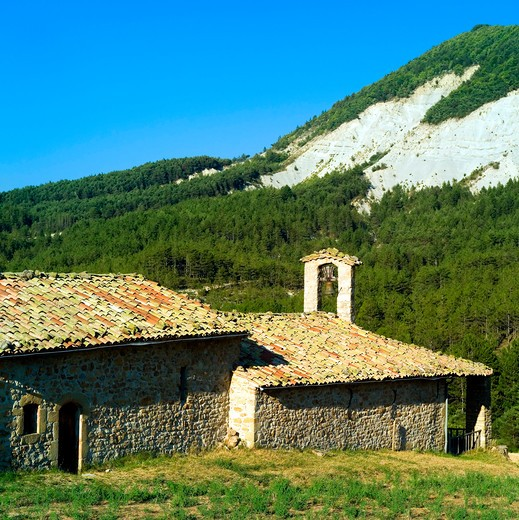 "Stock Photo: 4285-11066 saint-c""me chapel 17th century vers-sur-meouge haute-provence alps france"