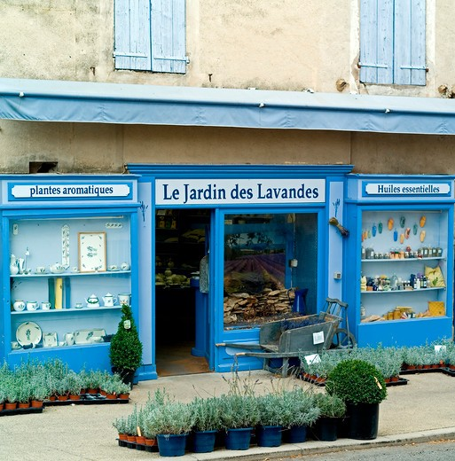 Stock Photo: 4285-11192 le jardin des lavandes lavender store sault village provence france