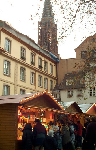 Stock Photo: 4285-11583 christmas market and cathedral strasbourg alsace france