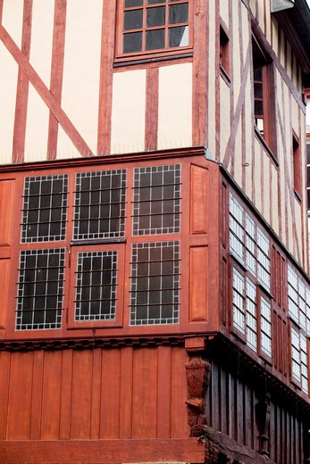 Stock Photo: 4285-11998 red half-timbered house jerzual street dinan brittany france