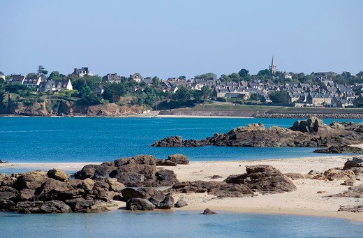 Stock Photo: 4285-12588 rocky beach and st-jacut-de-la-mer village brittany france