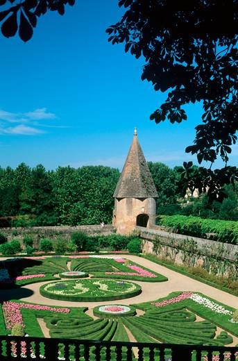 Stock Photo: 4285-13328 palais de la berbie castle's garden albi tarn france