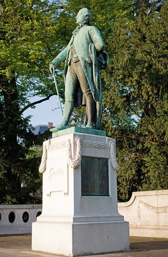 Stock Photo: 4285-13832 JOHANN WOLFGANG VON GOETHE WITH A STICK MONUMENT BY ERNST WAEGENER 1904 STRASBOURG ALSACE FRANCE