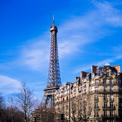 Stock Photo: 4285-15475 APARTMENT BUILDING TOUR EIFFEL TOWER PARIS FRANCE