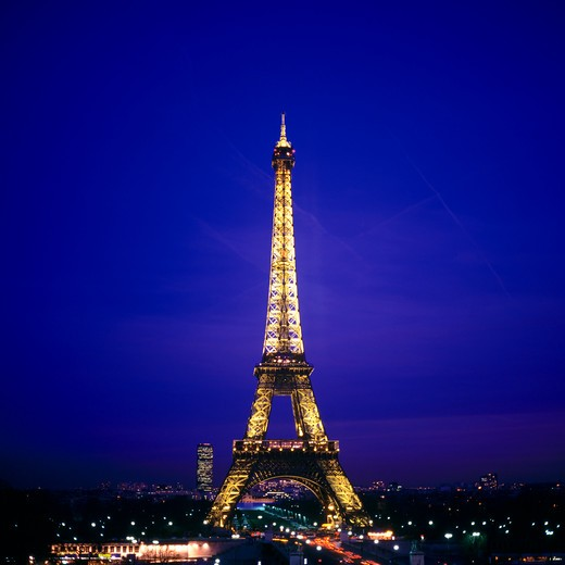 Stock Photo: 4285-15479 ILLUMINATED TOUR EIFFEL TOWER AT NIGHT PARIS FRANCE