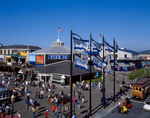 Stock Photo: 4285-16491 Fisherman's Wharf and shopping in San Francisco, California