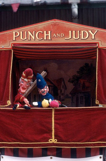 Stock Photo: 4285-17002 Puppet Show, in Winchester, Hampshire, England, United Kingdom ( Great Britain )
