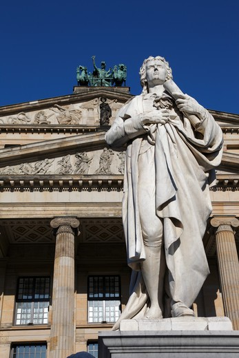 Stock Photo: 4285-18252 Germany, Berlin, Gendarmenmarkt, Schauspielhaus, Konzerthaus, Concert Hall, Monument to Poet Schiller