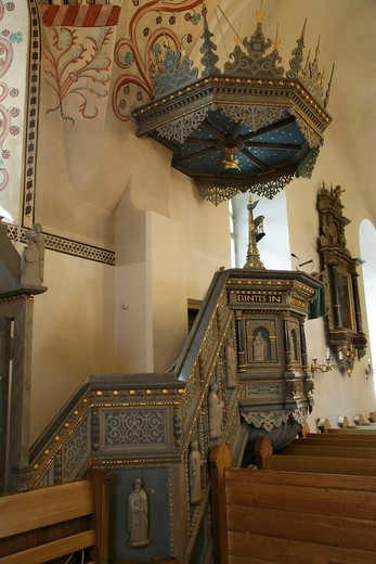 Stock Photo: 4285-18724 Finland, Region of Satakunta, Rauma, Historic Church, 15th-Century Stone Church of Holy Cross, Interior, Altar, Pulpit, Medieval Artwork and Adornments