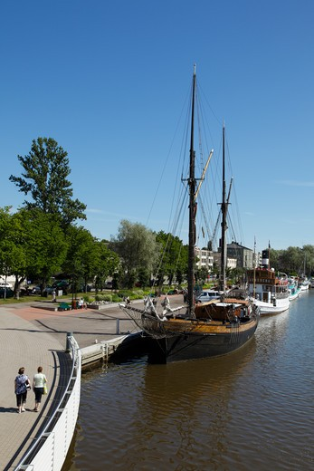 Finland, Southern Finland, Eastern Uusimaa, Porvoo, River Porvoonjoki, Historic Ships Moored on Riverside, Restaurants : Stock Photo