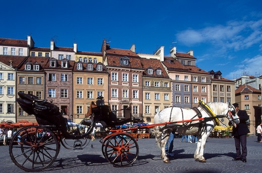 Stock Photo: 4285-19706 Poland, Warsaw, Old Town Square, Carozza
