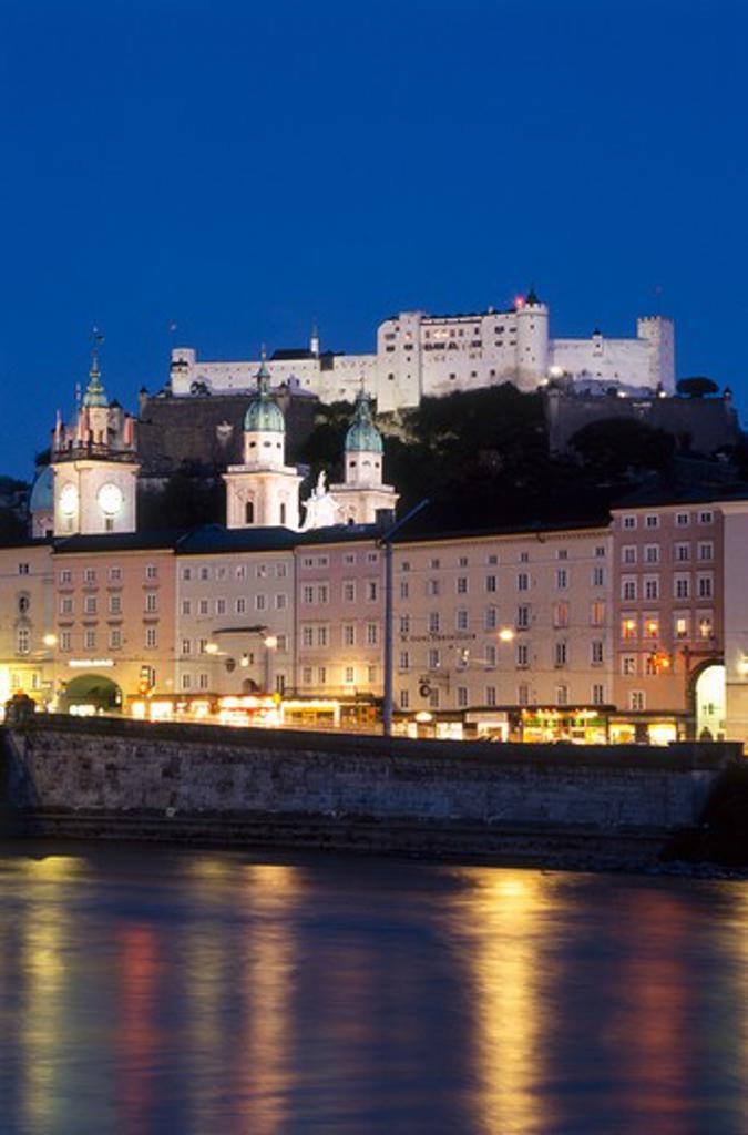 Stock Photo: 4285-19751 Austria, Salzburg Castle and Skyline