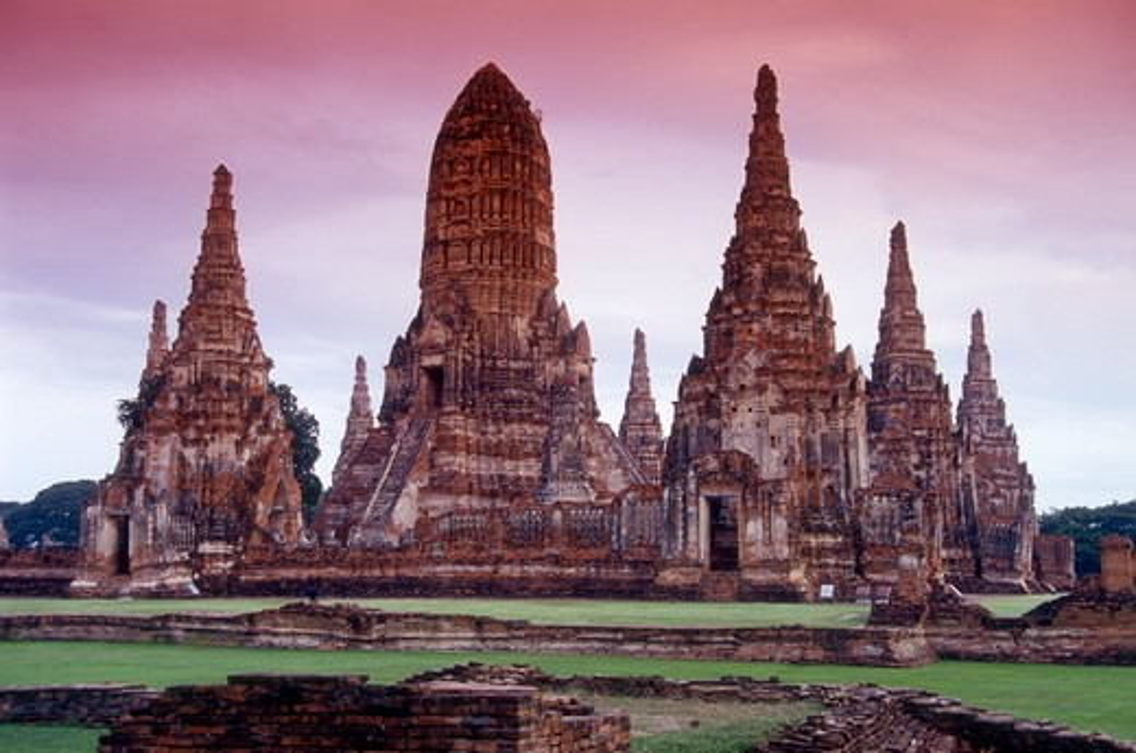 Thailand, Ayudhaya, Wat Chaiwathanaram : Stock Photo