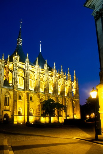 Stock Photo: 4285-22376 Floodlit, Church of St, Barbara, Kutna Hora, Czech Republic