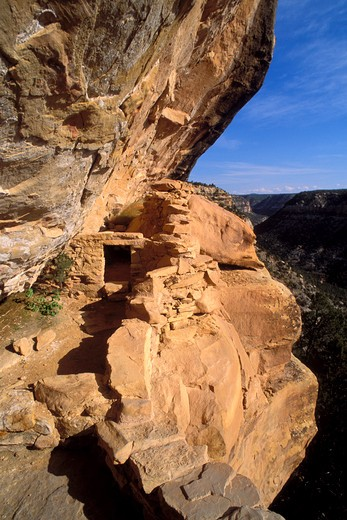 Stock Photo: 4285-2273 Doorway at Balcony House Ruin, Mesa Verde National Park (World Heritage Site), Colorado