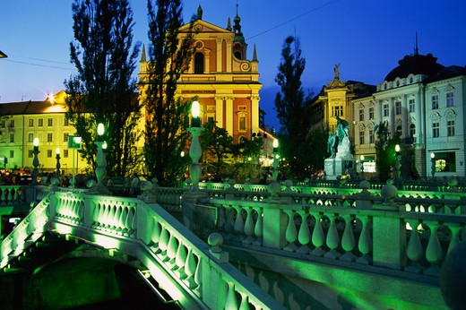 Slovenia, Ljubljana, Preseren Square, Triple Bridge, Franciscan Church of the Annunciation : Stock Photo