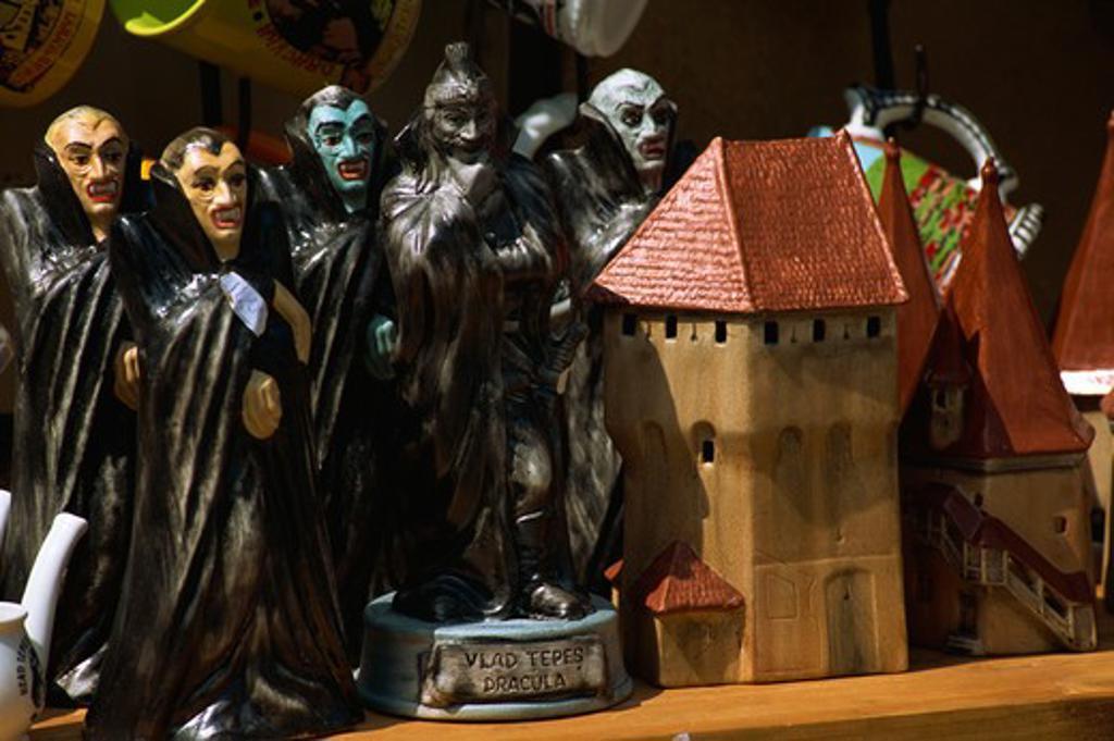 Stock Photo: 4285-23023 Romania, Transylvania, Sighisoara, Medieval Citadel, Piata Muzeului, Shopping, Dracula Dolls