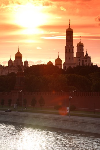 Stock Photo: 4285-23505 Russia, Moscow, The Kremlin, Ivan The Great Bell Tower, Moscow River, Sunset