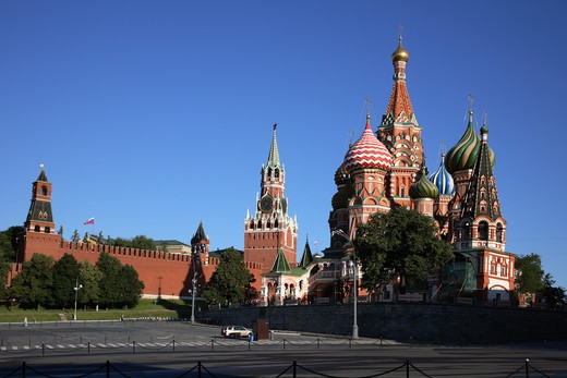 Stock Photo: 4285-23582 Russia, Moscow, Red Square, St Basils Cathedral, The Kremlin, Savior Tower