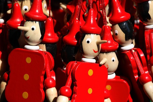 Stock Photo: 4285-24088 Italy, Tuscany, Florence, Pinochio Novelty Dolls