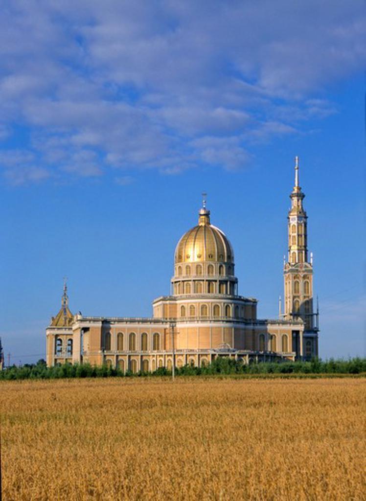 Stock Photo: 4285-5074 Lichen Basilica the biggest basilica in Poland