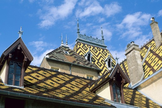 Stock Photo: 4285-6814 FRANCE BOURGOGNE ALOXE-CORTON POLYCHROMATIC GLAZED TILES ROOFING OF CORTON-ANDRE CASTLE