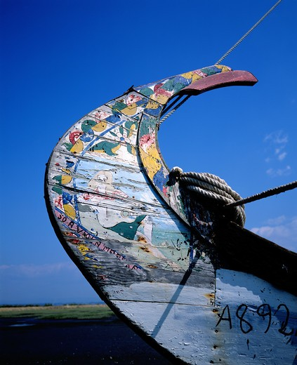 Stock Photo: 4285-7526 PORTUGAL AVEIRO LAGOON PROW OF A MOLICEIRO DECORATED FISHING BOAT