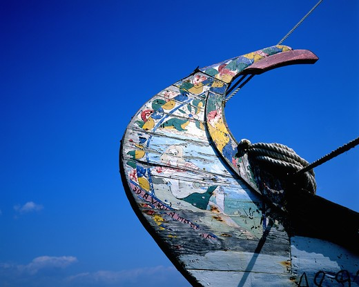 Stock Photo: 4285-7527 PORTUGAL AVEIRO LAGOON PROW OF A MOLICEIRO DECORATED FISHING BOAT
